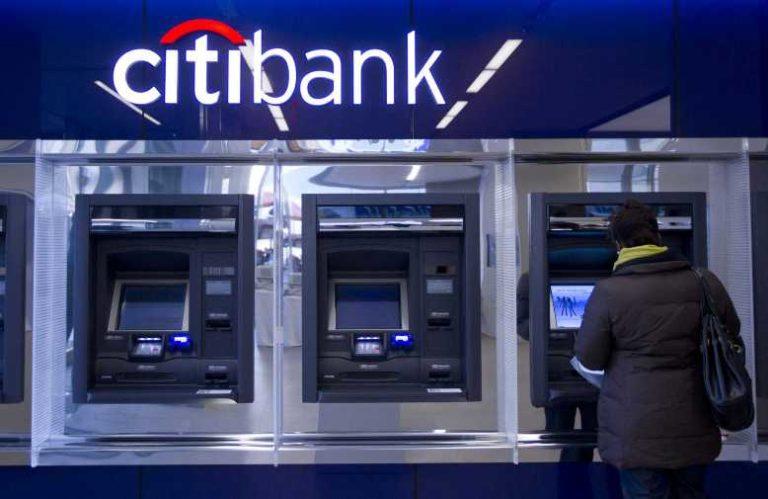 где можно снять деньги райффайзен банка